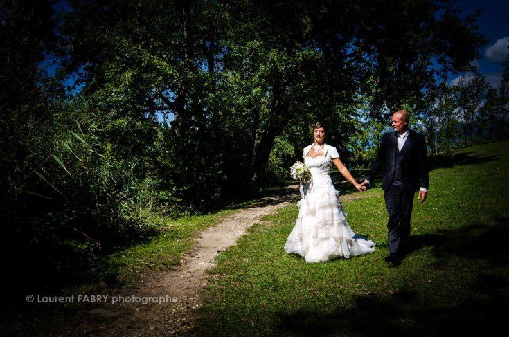 photo de mariage près du lac Saint André, Savoie