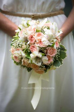 détail du bouquet de la mariée