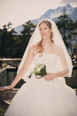 portrait de la mariée lors de ce mariage en Maurienne (forts de l Esseillon)