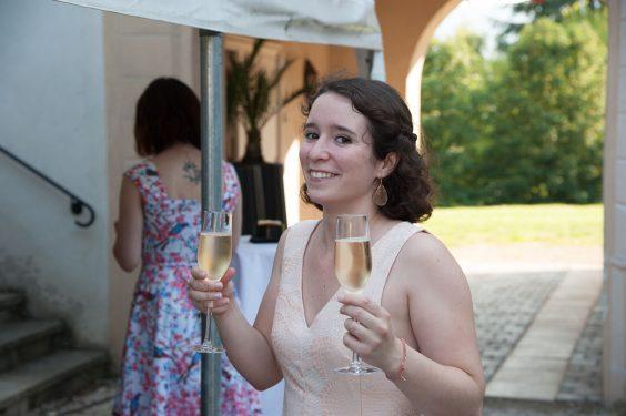 deux coupes de champagne sinon rien