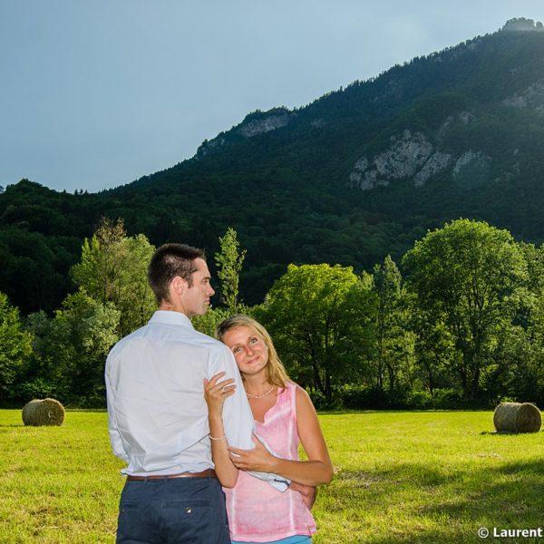 Séance photo engagement à Ugine, Val d Arly, Savoie © Laurent FABRY photographe