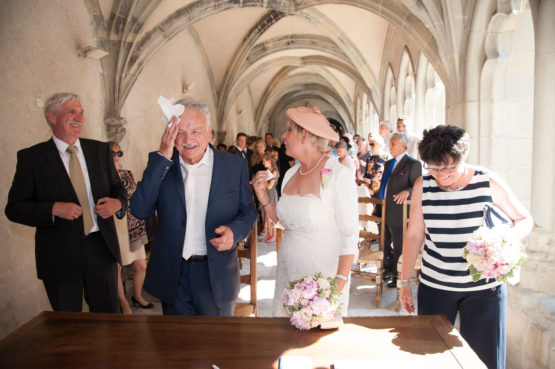 grosse chaleur pour le mariés après échange des alliances